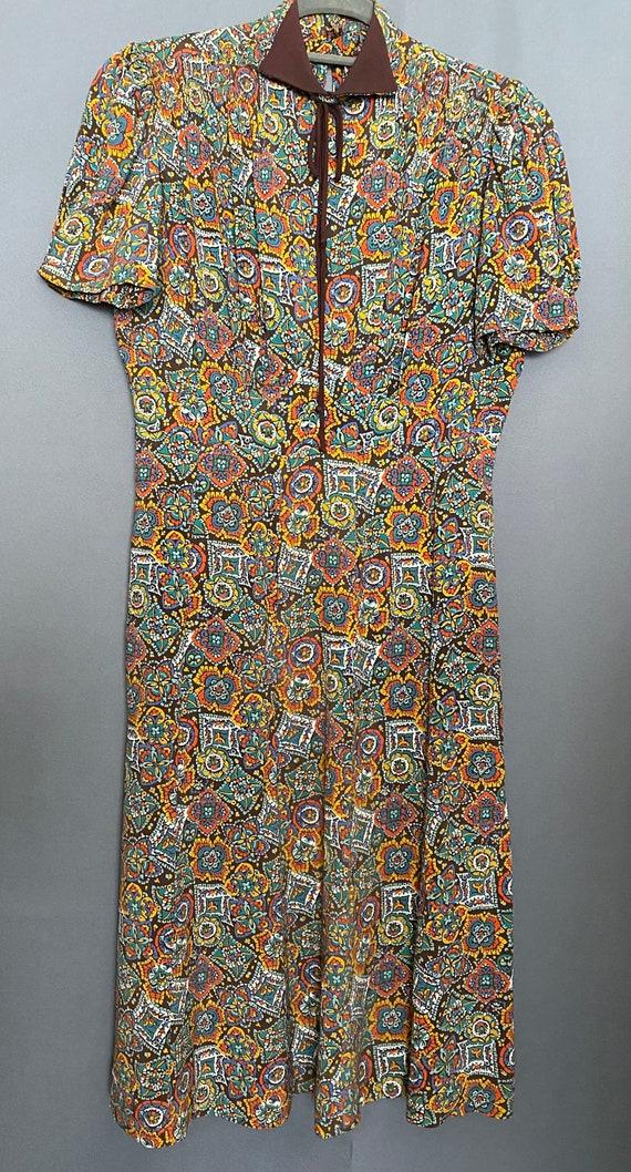 1940's Dress Rayon Medallion Print Dress - image 5