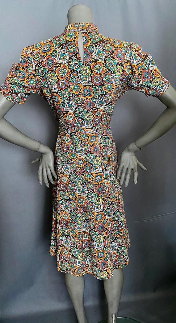 1940's Dress Rayon Medallion Print Dress - image 4
