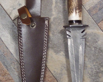 Custom Handmade knife with Damascus Steel Double Edged Toothpick Style Blade with heavy duty custom leather sheath