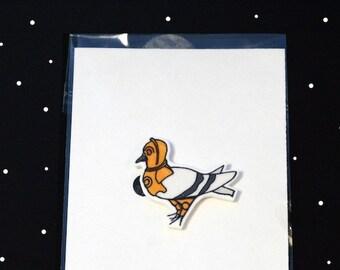 Star Wars Pigeon Parody Illustration Brooch - C-3PO