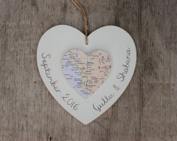 Hajj or Umrah Vintage Map Heart - personalised in Arabic or English