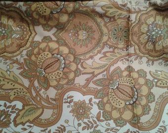 Gorgeous vintage cotton chintz fabric wonderful colors and paisley design