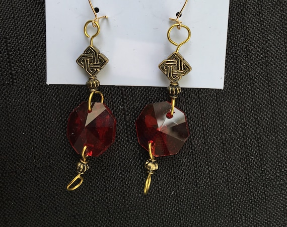 SJC10362 - Handmade red chandelier crystal prism gold plated earrings