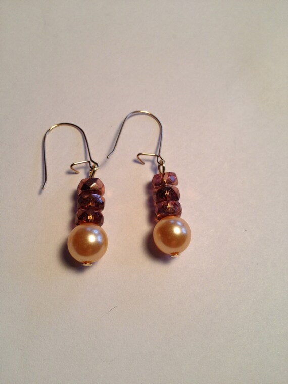SJC10075 - Gold-plated earrings with peach pink pearl and sparkling pink crystal rondelle beads