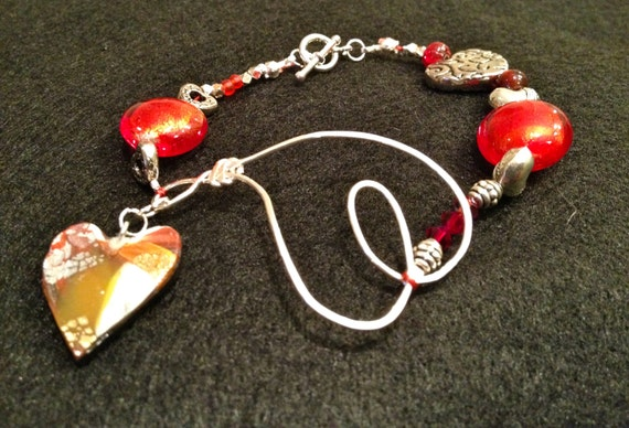 SJC10129 - Handmade bracelet with contemporary multicolor polymer clay heart charm, silver wire heart, red glass and silver beads