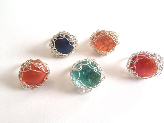 SJC10072 - Glass cabochon silver-plated wire crochet ring.