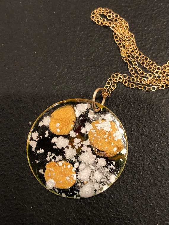 SJC10414 - Handmade round gold plated enamel painted (blue/red/gold/silver) pendant abstract necklace with 14K gold filled chain.