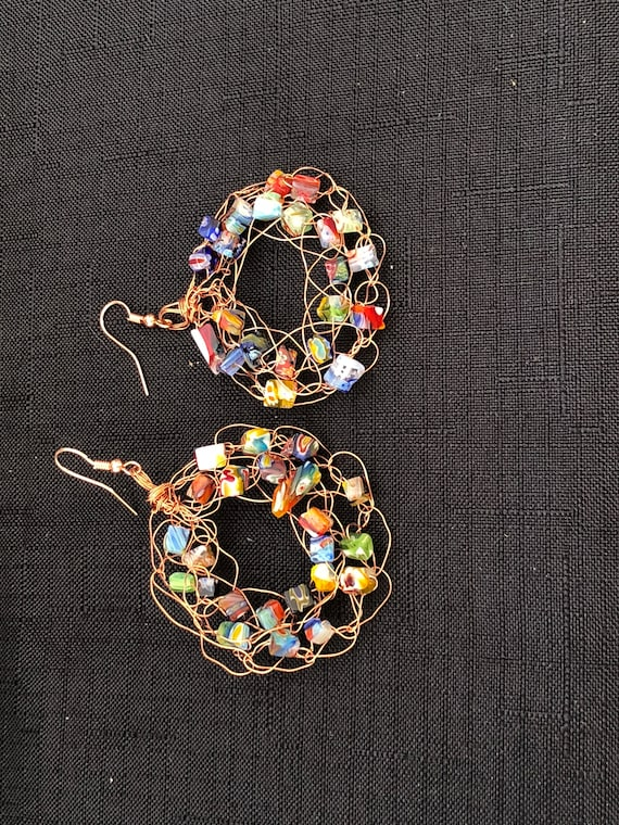 SJC10323 - Earrings - copper wire crochet ring with multicolor glass beads and copper ear wires