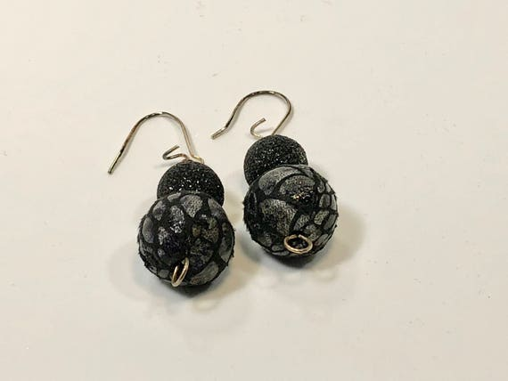 SJC10086 - Handmade earrings with fabric sparkling and plaided black beads with silver plated ear wires