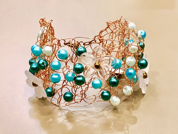 SJC10260 - Spring in Blue Bloom - handmade copper wire crochet bracelet with various blue pearls and Lucite flowers