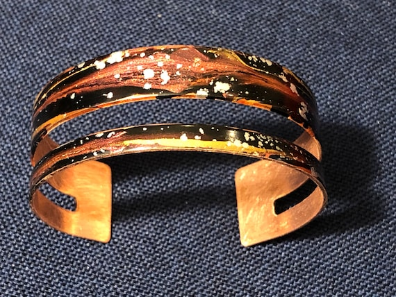SJC10508 - Enamel painted copper cuff open bracelet with abstract design (pink/black/silver)