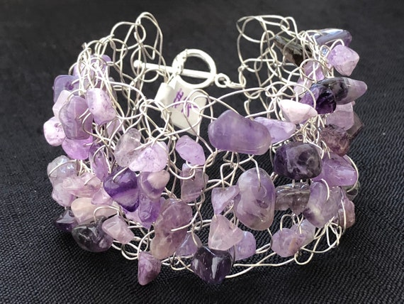 SJC10193 - Handmade sterling silver wire crochet cuff bracelet with amethyst gemstone chips