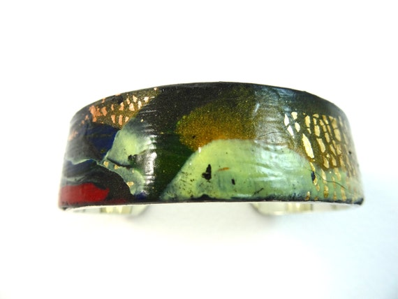 SJC10134 - Handmade contemporary and abstract polymer clay bangle design
