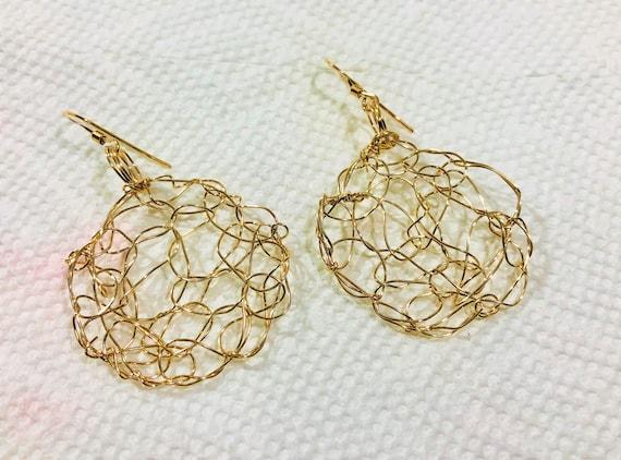 SJC10360 - Handmade round 14K Gold filled wire crochet earrings