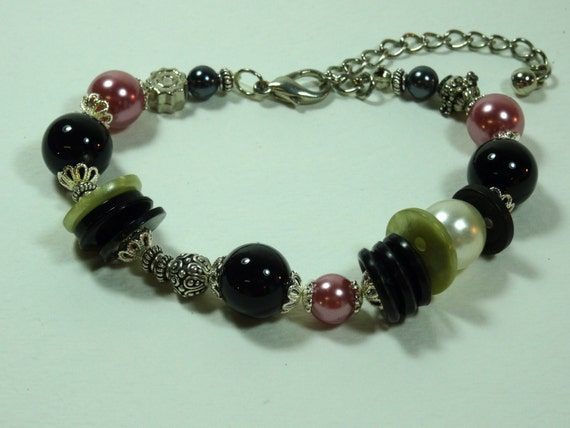 SJC10240 - Pink/silver-color metal /black/pearl beaded bracelet