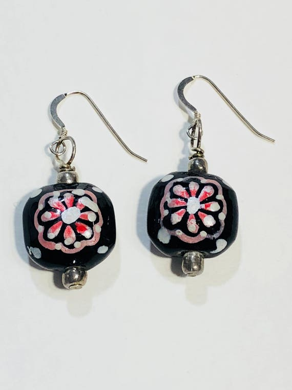 SJC10022 - Square black pink white flower earrings with silver plated ear wires