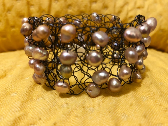 SJC10301 - Handmade black wire crochet cuff bracelet with light pink fresh water pearls