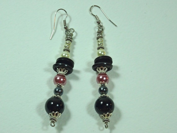 SJC10241 - Pink/silver-color metal /black/pearl beaded earrings