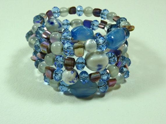 SJC10005 - Blue Vintage Bracelet - memory wire