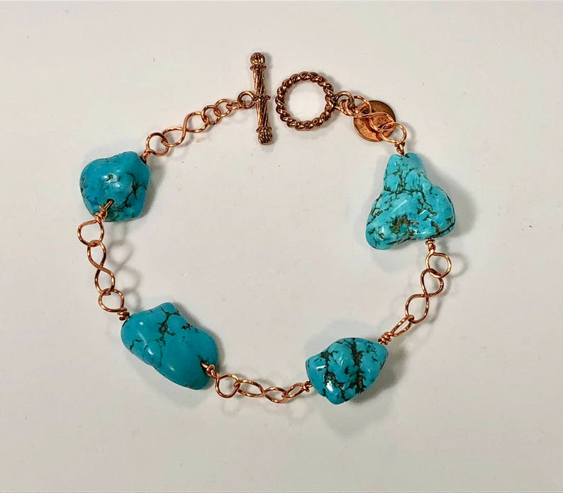 copper infinity links and copper toggle clasp. Handmade copper bracelet with turquoise gemstones SJC10136