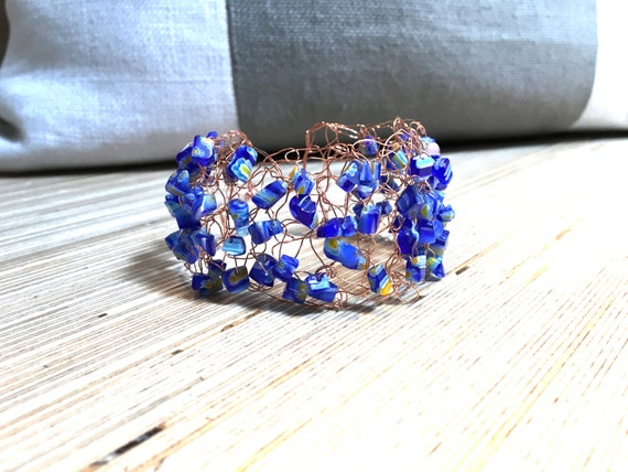 SJC10309 - Handmade copper wire crochet cuff bracelet with blue and multicolor glass bead chips
