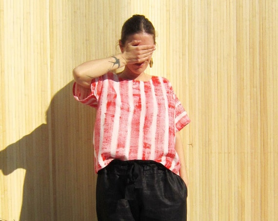 "Linen t-shirt ""Louisa"" hand painted in red brush strokes stripes, size M"