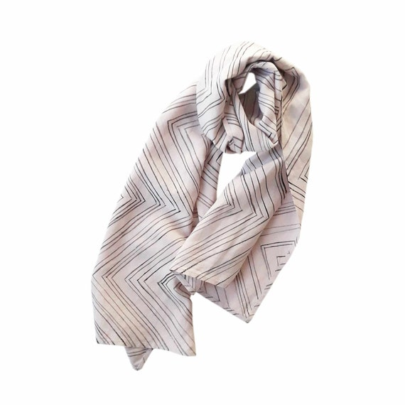 "Hand painted powder rose linen scarf with black chevrons ""Zag"""