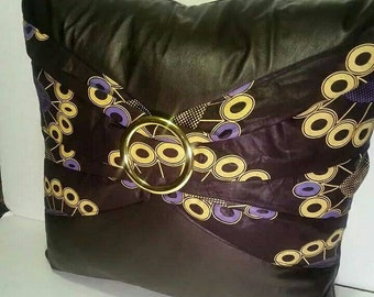 The African Buckle  Pillow