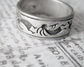 Southwestern Design Engraved Sterling Silver Vintage Band Ring Size 7