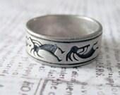 Southwestern Design Engraved Sterling Silver Vintage Band Ring Size 10.75