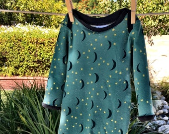 New Baby Sleeping Gown Size 0-3 Months Soft Knit with Moons and Stars using Art Gallery Fabric