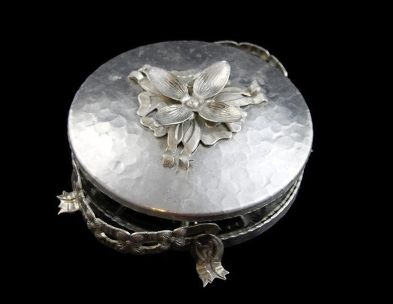 Antique Metal Hand Hammered Tray platter dish 12\u201d Very Detailed Nice Patina