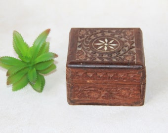 Hand Carved Wood Box with Floral Inlay - Handmade Wooden Trinket Box with Hinged Lid