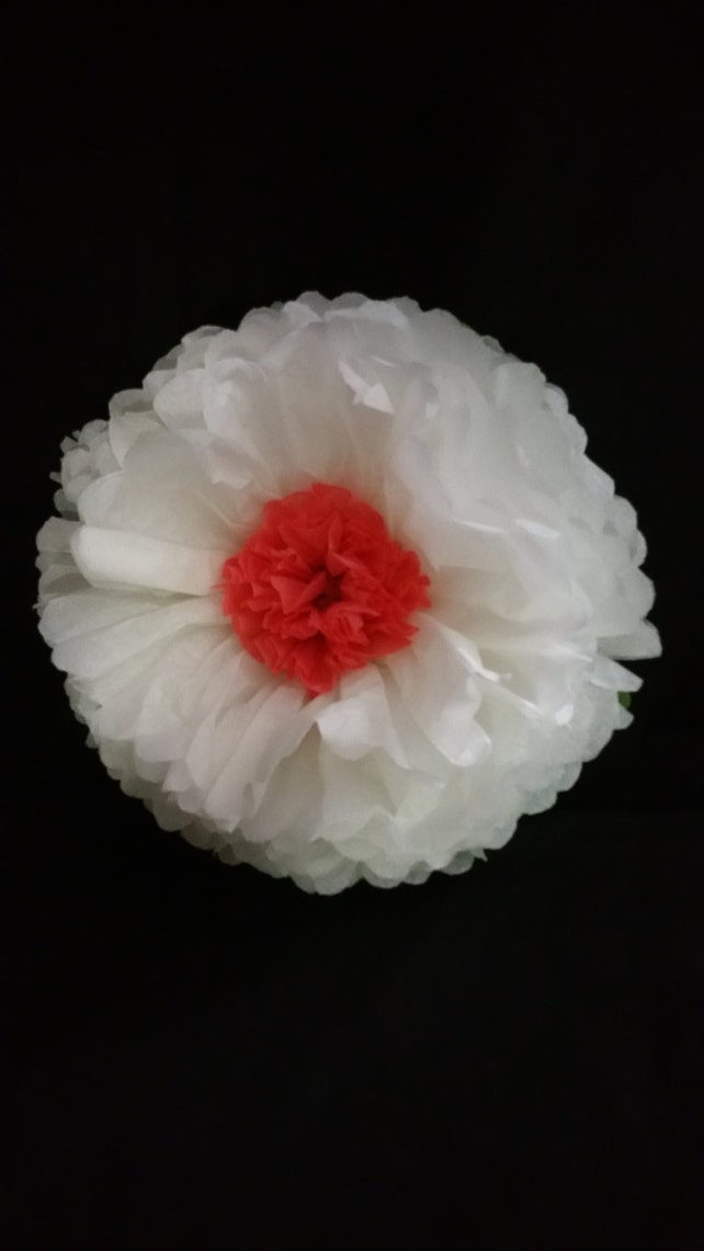 White Giant Tissue Paper Wall Flowers Table Decorations Paper
