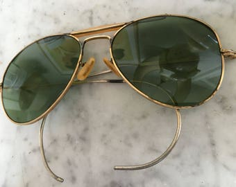 68eb29f7dff WW II aviator piLot suNgLasses ViNtage 1940 s GoLd fRame MiLitary Officer  FLight sungLasses LiKe AN-6531 UnMarKeD + 70 s Ray-Ban HaRd Case