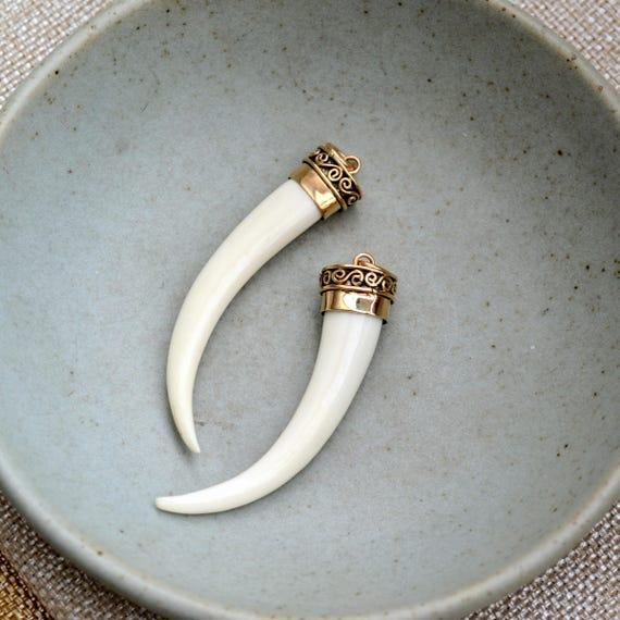 1 pc White Bone Tusk Horn Pendant  Size 145x20mm  Bone Tusk Tooth Horn  Tribal  Bohemian Large Tusk Horn  DIY Jewelry Making Supply