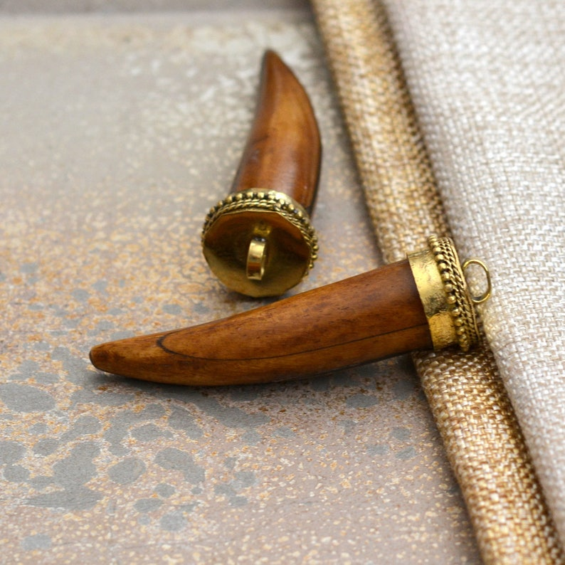Tooth Pendant ATA17-1117A Horn Shaped Pendant 1-75mm Long Large Wood Tusk Shaped Pendant Ethnic Tribal Pendant Crescent Horn