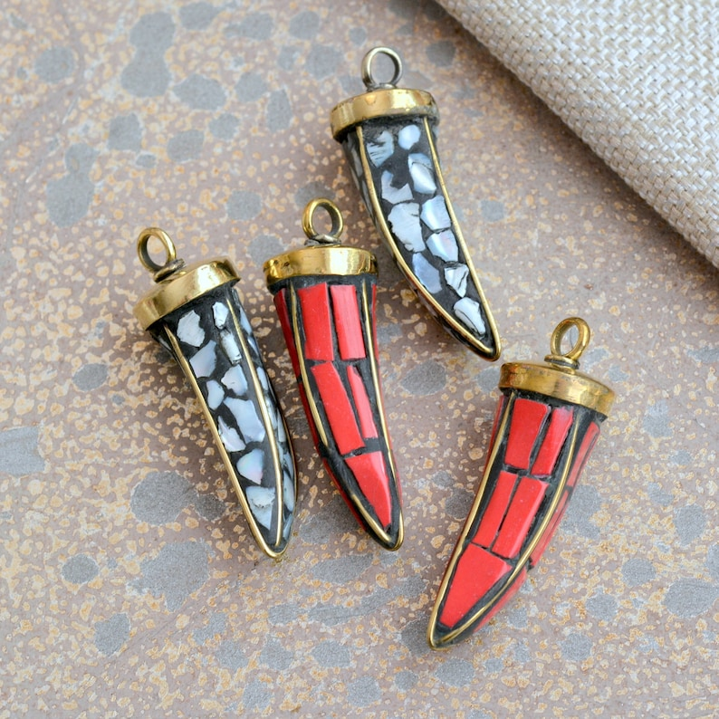 Mother of Pearl Claw Bohemian Jewelry Tribal TA170905 Horn Ethnic 1-40mm Long Tibetan Mosaic Shell Brass Tusk Pendant Tooth