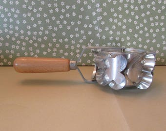 Vintage Thurnauer Rolling Tin Cookie Cutter Made in Italy