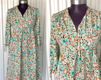 Beautiful VINTAGE 1970s Handmade Floral Baby Doll Dress — S/M