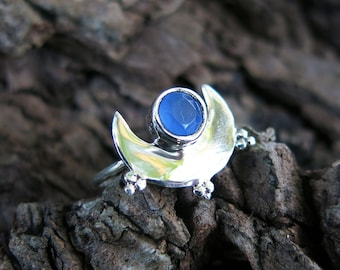 Size 6 Crescent Moon Sterling Silver Ring