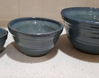 Set of nesting bowls ready to ship