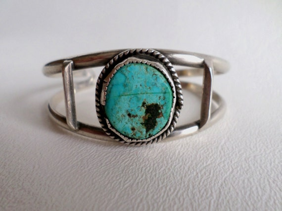 8 inch 20 cm Cuff Bracelet, Rustic Turquoise and Sterling Silver, Heavy Wire Cuff, Boho Southwestern, Country Western Wear, ID 510450997
