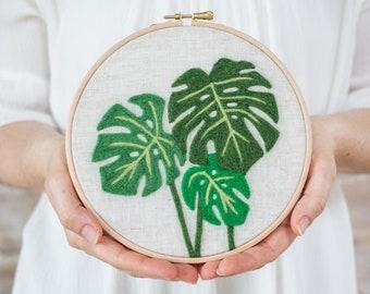 Monstera Needle Felting Kit - beginner friendly - Coloring with Wool - DIY Craft Gift - printed pattern hoop art