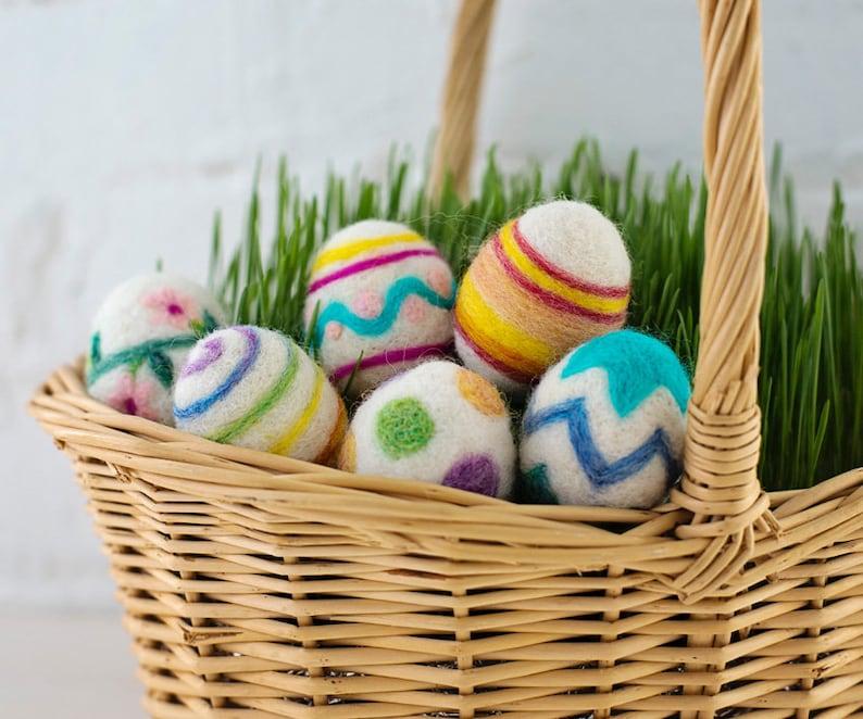 Easter Eggs Needle Felting Kit  beginner friendly  includes image 0