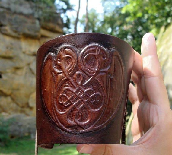 CELTIC knotted birds LEATHER WRISTBAND Celts Celt Pagan Insular art Irish Ireland Ornalmental Embossing Leather jewel bracelet de Luxe knot