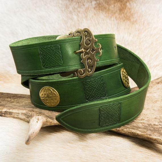689a5073948b ERIN Green ceinture médiévale en cuir estampillé Decor   Etsy