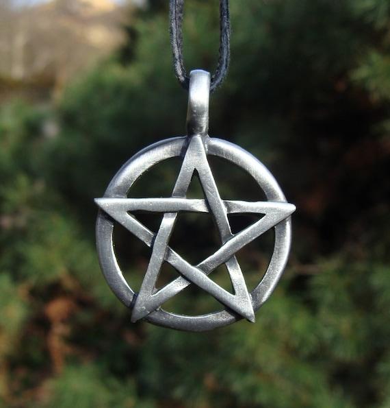 Gegoten PENTAGRAM hanger in cirkel Wicca Wicca Talisman | Etsy