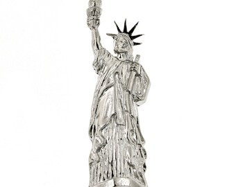 Silver Statue of Liberty Pin New York Love of America Lapel Pin Brooch