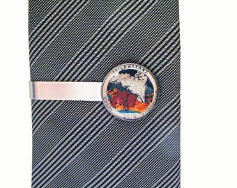 Birth Year Enamel Coin Yellowstone Tie Bar National Parks US Quarter Hand Painted Coin Souvenir Unique Rare Fun Gift Comes with Gift Box